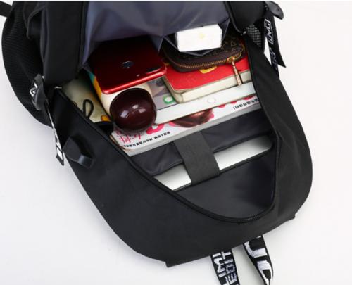 Рюкзак Fortnite с USB-портом для зарядки и разъемом для наушников (фото, вид 1)