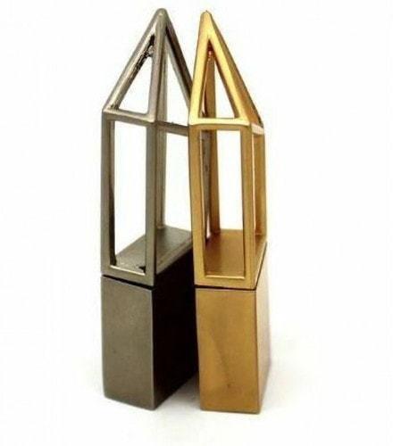 Подарочная металлическая флешка. Геометрия (цвет золото) (фото, вид 1)