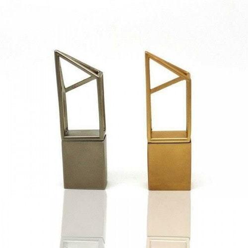 Подарочная металлическая флешка. Геометрия (цвет золото) (фото, вид 2)