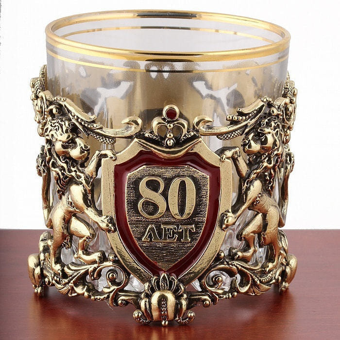 Подарочный набор с 2-мя бокалами для виски в деревянной шкатулке (8 предметов). Юбилейный 80 лет (фото, вид 2)