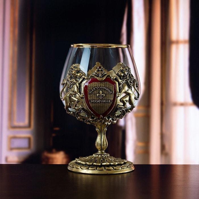 Подарочный набор с 2-мя бокалами для коньяка в деревянной шкатулке (8 предметов). Юбилейный 70 лет (фото, вид 3)