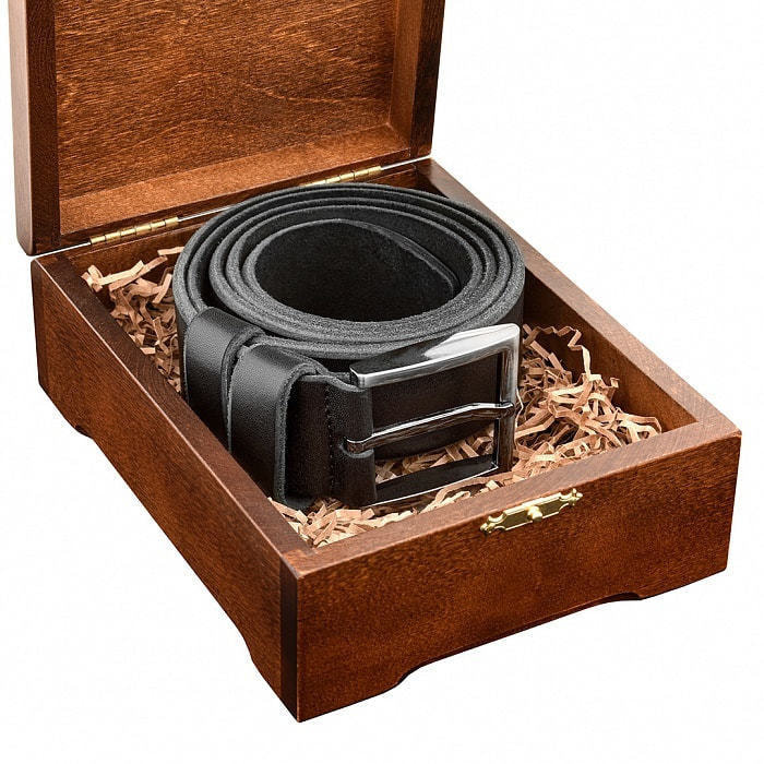 Кожаный ремень в деревянной шкатулке. Мой мужчина, моя гордость (цвет черно-серый) (фото, вид 4)