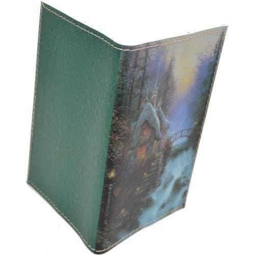 Кожаная обложка на паспорт. Домик у водопада (фото, вид 1)