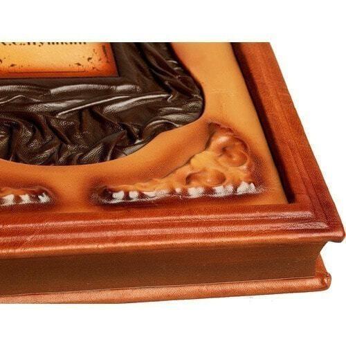 Подарочная книга в кожаном переплете. Пушкин А.С. Избранное (фото, вид 7)