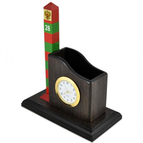 Карандашница большая с часами и сувенирный пограничный столб (фото, вид 1)