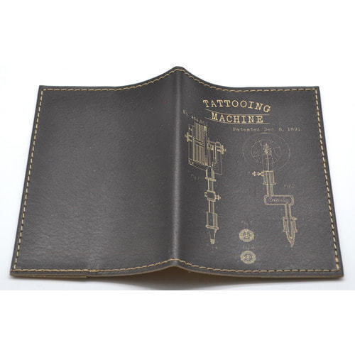 Кожаная обложка на паспорт. Tattooing machine (фото, вид 1)