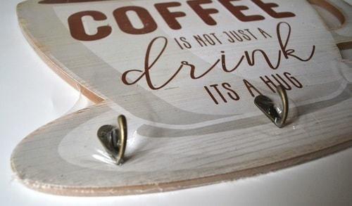 Винтажная деревянная ретро табличка с крючками. Кофе - это не просто напиток (30 x 40 см) (фото, вид 2)