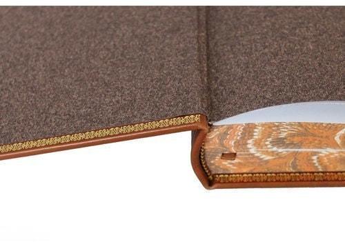 Подарочная книга в кожаном переплете. Библия для детей (фото, вид 3)