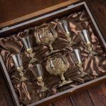 Подарочный набор с 2-мя бокалами для коньяка в деревянной шкатулке (8 предметов). Россия. Вид 2
