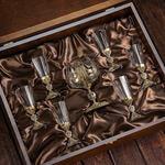 Подарочный набор для крепких напитков в деревянной шкатулке (7 предметов). Державный. Вид 2