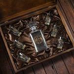 Подарочный набор для водки в деревянной шкатулке (7 предметов). Охотничий. Вид 2