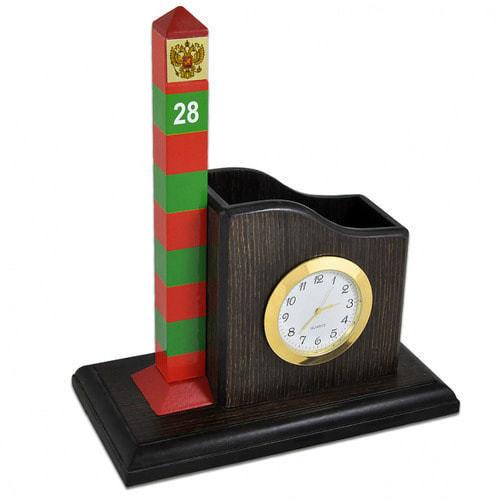 Карандашница большая с часами и сувенирный пограничный столб (фото)