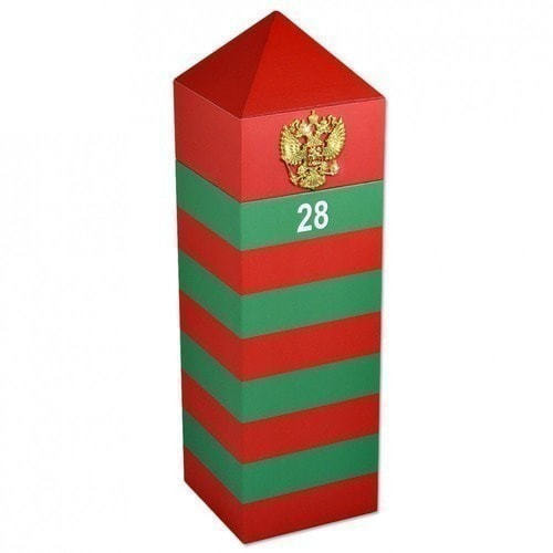 Подарочный деревянный футляр. Пограничный столб России (фото)