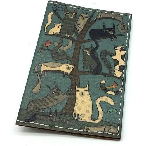 Кожаная обложка на паспорт. Кошки (фото)