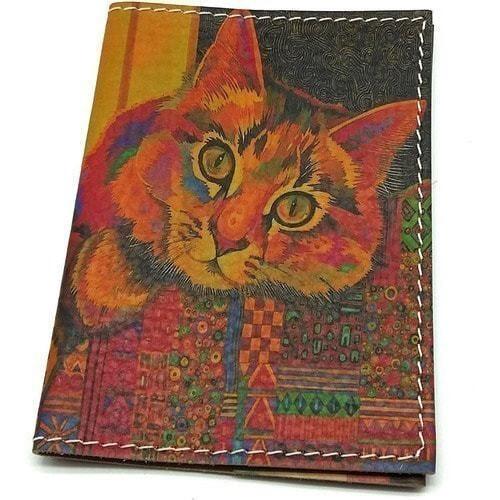 Кожаная обложка на паспорт. Цветной кот (фото)