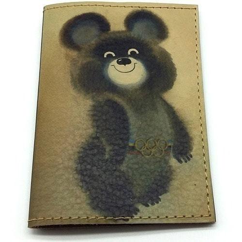 Кожаная обложка на паспорт. Олимпийский Мишка (фото)