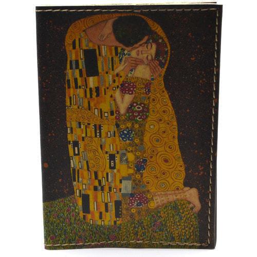 Кожаная обложка на паспорт. Климт. Поцелуй (фото)