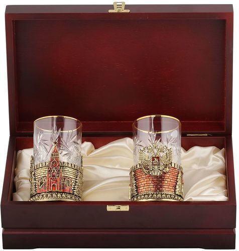 Подарочный набор c 2-мя подстаканниками в деревянной шкатулке (4 предмета). Герб России и Спасская Башня (фото)