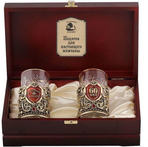 Подарочный набор c 2-мя подстаканниками в деревянной шкатулке (4 предмета). Юбилей 60 лет и Настоящий мужчина (фото)