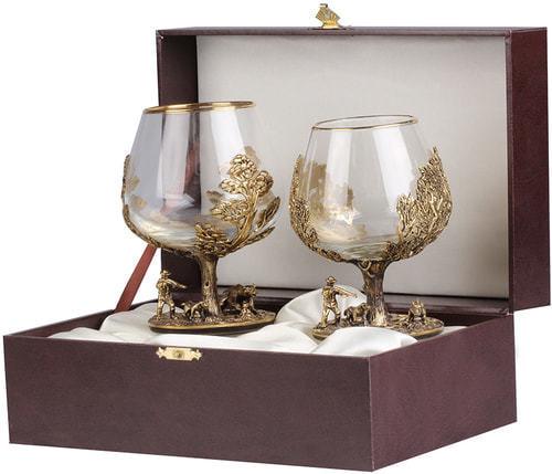 Подарочный набор c 2-мя бокалами для коньяка в шкатулке. Охота на Кабана и Охота на Медведя (фото)