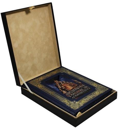 Книга в кожаном переплете и подарочном коробе. Шедевры русской архитектуры (фото)
