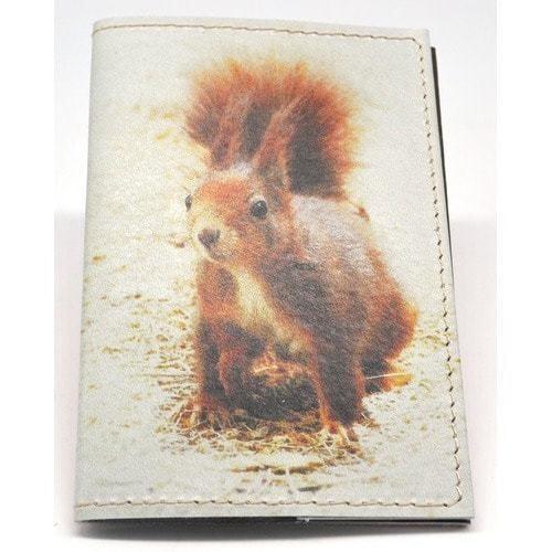 Кожаная обложка на паспорт. Белка (фото)