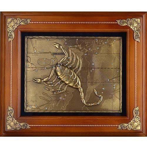 Деревянная ключница настенная. Знаки Зодиака. Скорпион (29 х 34 см) (фото)