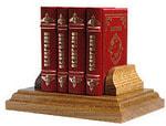 Подарочный набор с миниатюрной книгой в кожаном переплете. Евангелие в 4-х книгах