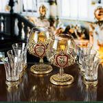 Подарочный набор с 2-мя бокалами для коньяка в деревянной шкатулке (8 предметов). Юбилейный 80 лет