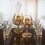 Подарочный набор с 2-мя бокалами для коньяка в деревянной шкатулке (8 предметов). Юбилейный 60 лет