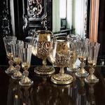 Подарочный набор с 2-мя бокалами для коньяка в деревянной шкатулке (8 предметов). Россия