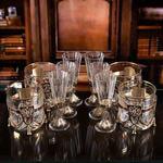 Подарочный набор для крепких напитков в деревянной шкатулке (10 предметов). Гербовый