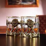 Подарочный набор с 2-мя бокалами и камнями для виски в деревянной шкатулке. СССР