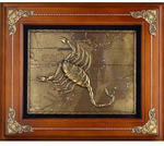 Деревянная ключница настенная. Знаки Зодиака. Скорпион (29 х 34 см)