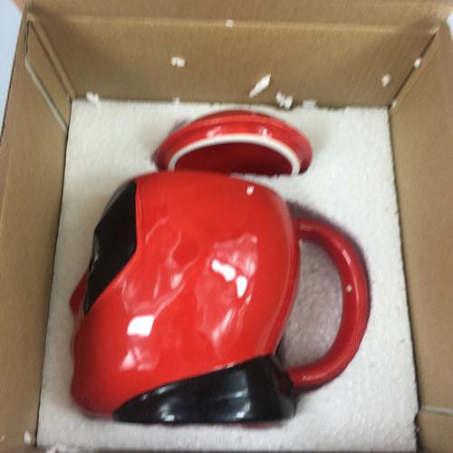 Подарочная 3D керамическая кружка Супергерои. Дэдпул (Deadpool) (фото, вид 7)