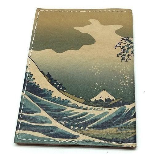Кожаная обложка на паспорт. Большая волна в Канагаве (фото, вид 2)