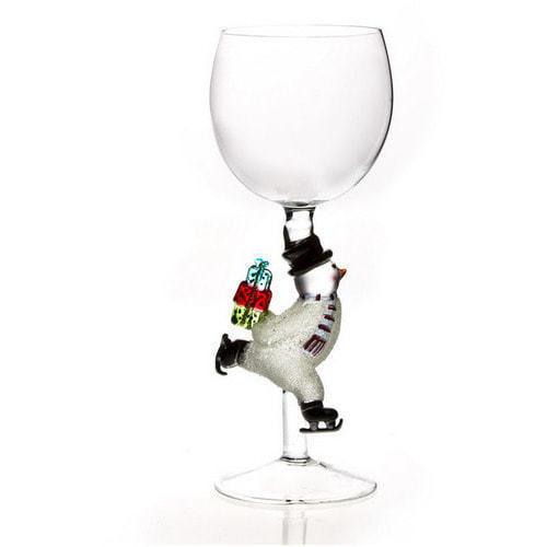 """Бокал для вина из стекла ручной работы. """"Снеговик с подарком"""""""