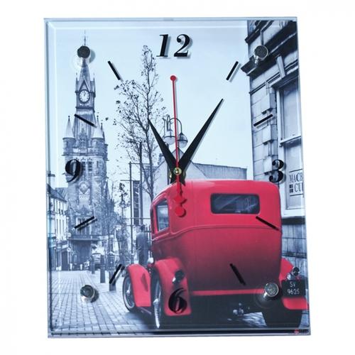 Настенные стеклянные часы. Башня с красной машиной (20 х 25 см)