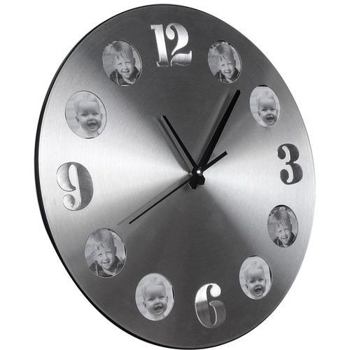 Настенные часы с фоторамками. 8 фоторамок