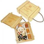 Подарочный набор в деревянном футляре. Неприкосновенный запас (штоф Пожарный, 3 стопки)