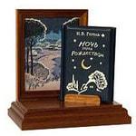 Подарочный набор с миниатюрной книгой в кожаном переплете. Н.В. Гоголь «Ночь перед Рождеством»