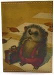 Кожаная обложка на паспорт. Ёжик с чемоданом
