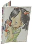 Кожаная обложка на паспорт. Девочка с фотоаппаратом