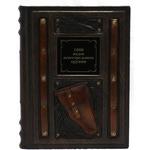 Подарочная книга в кожаном переплете. 1000 видов огнестрельного оружия