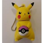 Подарочная флешка. Покемон Пикачу с фиолетовым покеболом