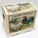 Подарочный деревянный сундук. Петух и курица (39х29х38см)