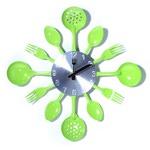 Настенные металлические часы. Вилки, ложки, поварешки (цвет салатовый)