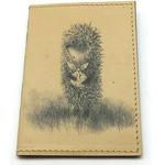 Кожаная обложка на паспорт. Ежик в тумане
