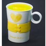 Подарочная керамическая кружка с крышкой. Любовь навсегда (цвет желтый)