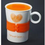 Подарочная керамическая кружка с крышкой. Любовь навсегда (цвет оранжевый)